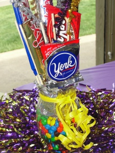 4 Sons 'R' Us: D.I.Y. Candy Bouquet