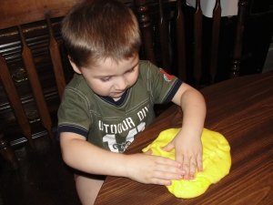 4 Sons 'R' Us: Homemade Gak