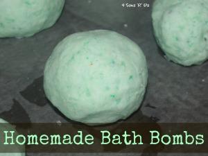 4 Sons 'R' Us: Homemade Bath Bombs