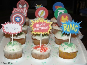 4 Sons 'R' Us: Comic Book Cupcakes