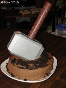 4 Sons 'R' Us: Thor Cake