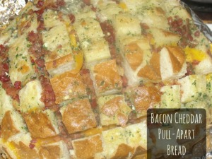 4 Sons 'R' Us: Bacon Cheddar Pull-Apart Bread