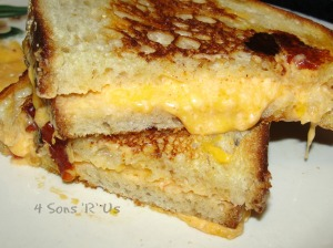 4 Sons 'R' Us: Grilled Pimento Cheese Sandwich
