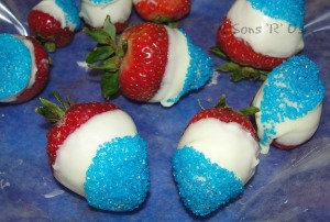 Red White and Blue Chocolate Covered Strawberries 2
