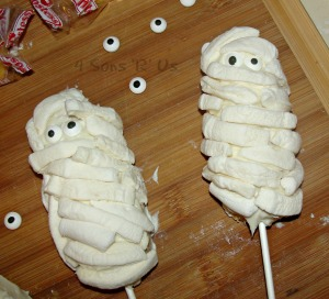 mummy on a stick 2