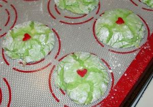 Grinch Cookies 2