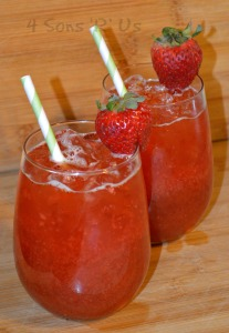 Southern Style Strawberry Sweet Tea