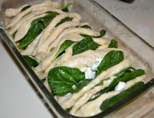 Spinach & Feta Stuffed Cheesy Bread