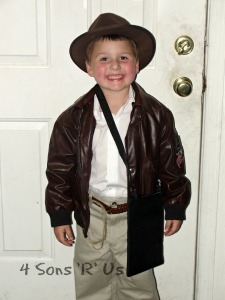DIY Indiana Jones Costume 3